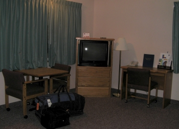 Our Comfort Inn room featured a good t.v., business desk and table and chairs.