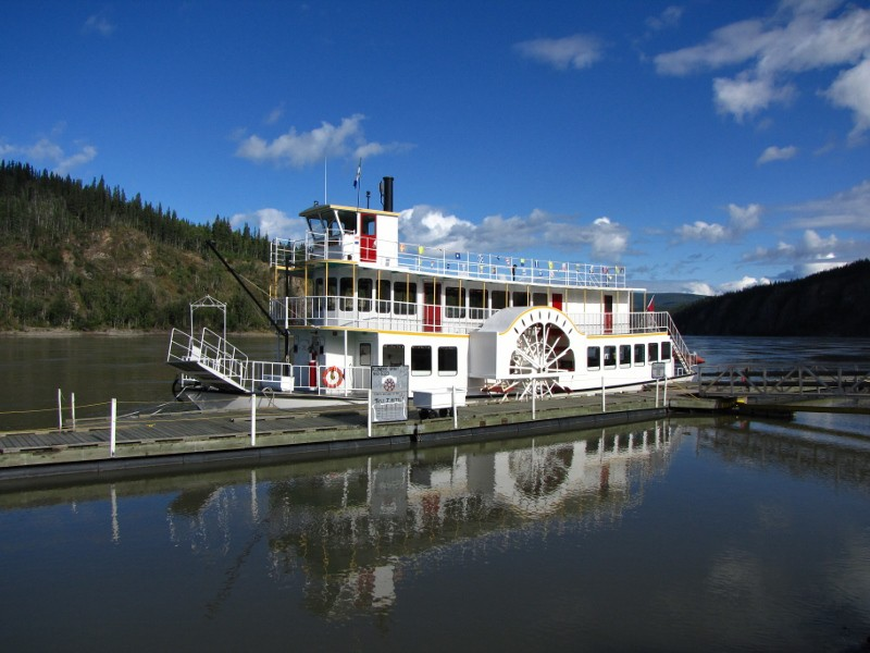 Klondike Spirit Paddlewheeler — Boating Up the Yukon River