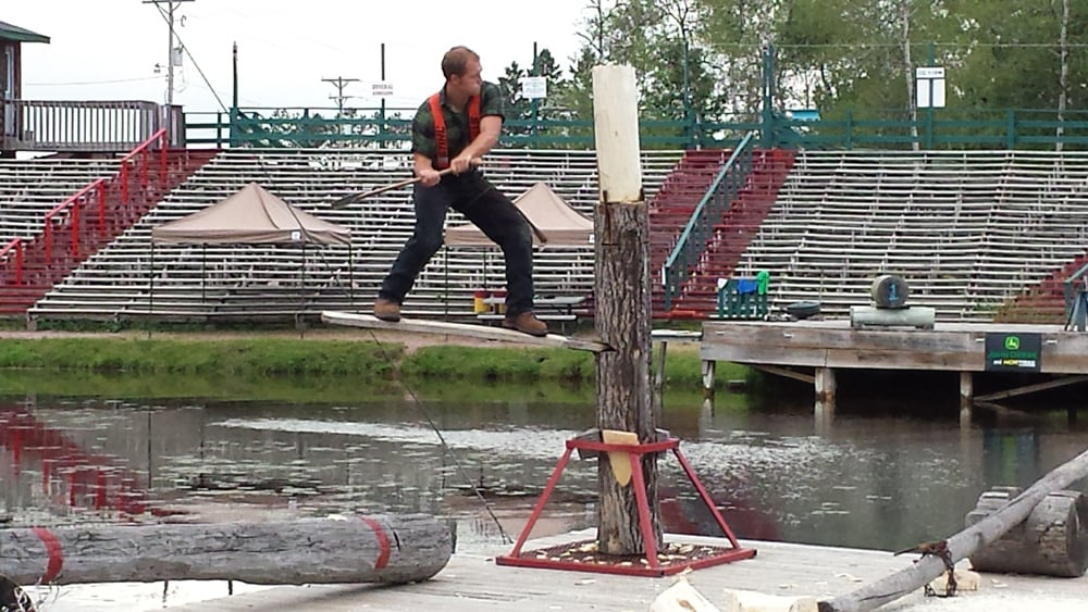 Things To Do In The Wisconsin Northwoods Watch A Lumberjack Guide2travel Ca