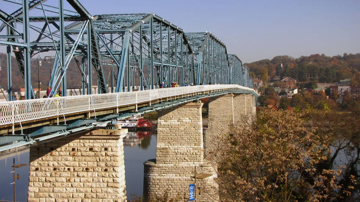 How Old is Chattanooga's Walnut Street Pedestrian Bridge Over the Tennessee River?