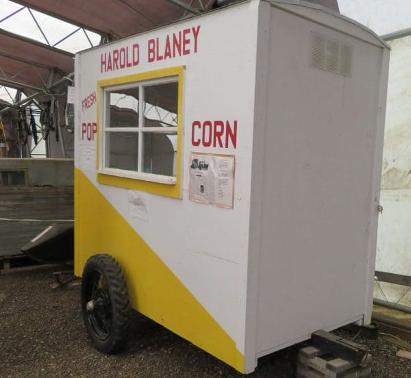 Popcorn trailer