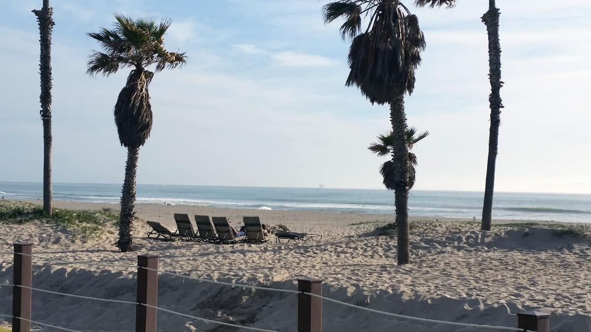 Oxnard, CA, Oceanfront Embassy Suites Mandalay Beach – Hotel & Resort Review