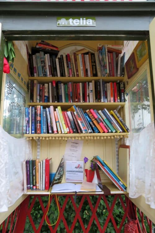 Sweden's smallest library in a phone booth