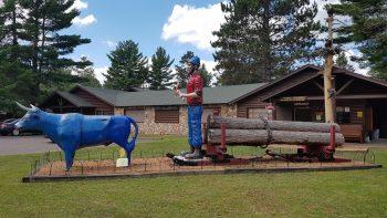 Paul Bunyan and his ox