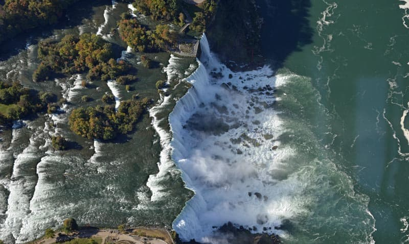 American Falls at Niagara - Photo by Linda Aksomitis