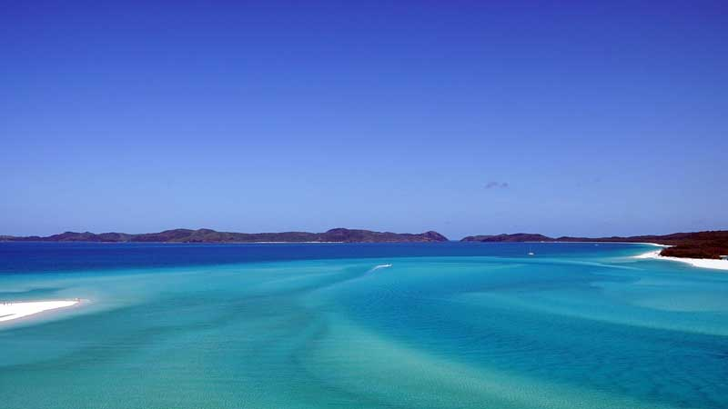 #Whitsunday Islands in #Australia. Photo by Monika Neuman. Reused from Pixbay under a CC license.