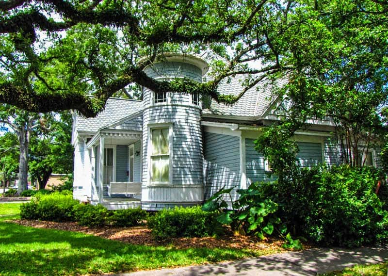Historic home in the Lake Charpentier Historic District