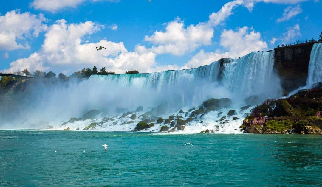 Catching Butterflies and Playing Slots: How to Spend your Time in Niagara Besides the Falls