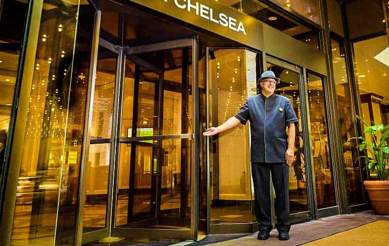 The Chelsea Hotel in Toronto is Canada's largest hotel with 26 floors.