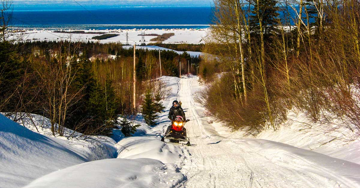 Snowmobile Quebec!