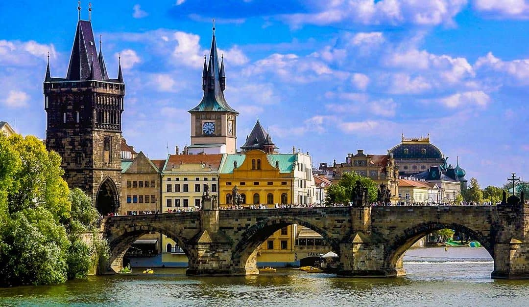 10 Fabulous Things to See & Do on a Prague Weekend Getaway