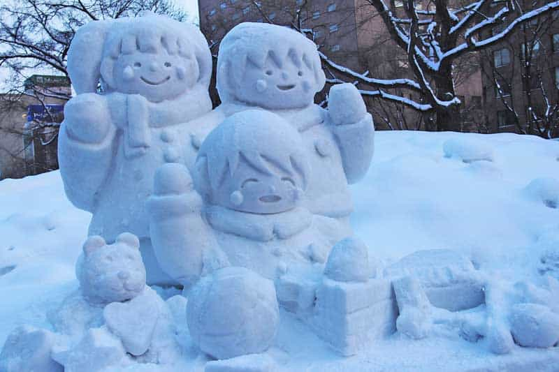 Snow carving at the annual Hokkaido festival. Photo by Sharonang.