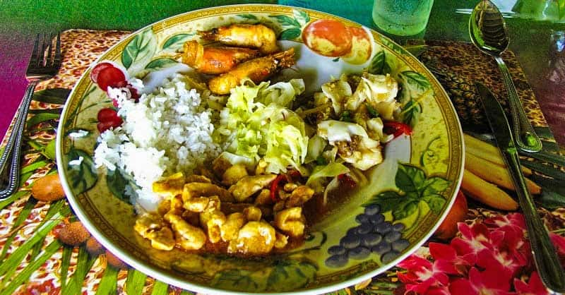 Lunch at Abai Jungle Lodge.