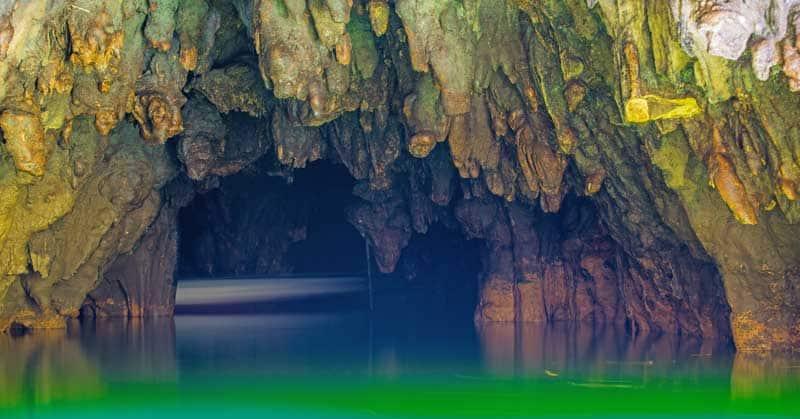 New Zealand travel ideas - Waitomo Glowworm Caves