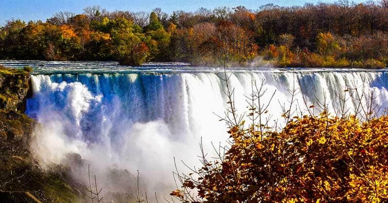 Niagara Falls in Ontario in the fall.