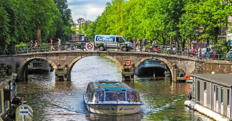 Cycles and motorcycles are two of the most popular ways to get around Amsterdam.