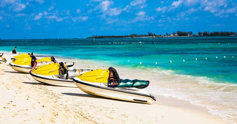 You Cannot Afford to Miss These 6 Beaches While You Are In Nassau