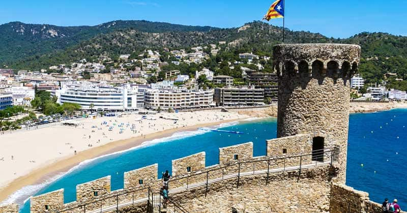 Best Beaches In Spain: 7 Holiday Destinations to Enjoy
