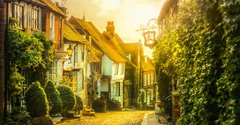 8 Great Day Trips From London, England